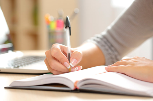 Top 10 Secrets to Become a Professional Content Writer